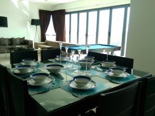 Luxurious Puteri Harbour Apartment, Johor Bahru