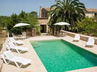 Picturesque remodeled country house Mallorca. WiFI