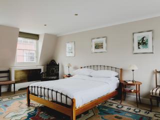 onefinestay - Godfrey Street III private home, Londra