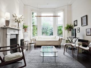 onefinestay - Grosvenor Road apartment, London