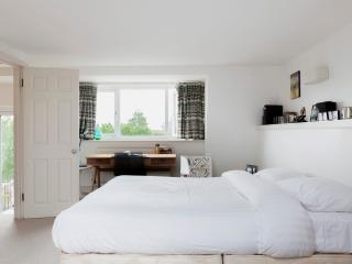 onefinestay - Hormead Road apartment, London