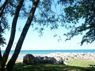 Feel at Home - Lovely Suite min. to Lake & Village, Collingwood