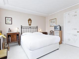 onefinestay - Kelso Place  private home, London