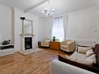 onefinestay - Kensington Mall apartment, London