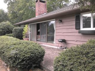 FOX 15, 10 MILES FROM TRYON INT. EQUESTRIAN CTR., Tryon