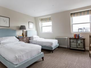 onefinestay - King's Road IV private home