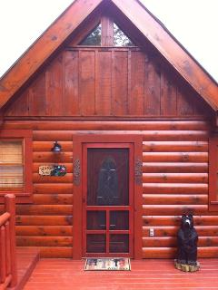 Freshly stained exterior makes for a bright and shiny cabin!