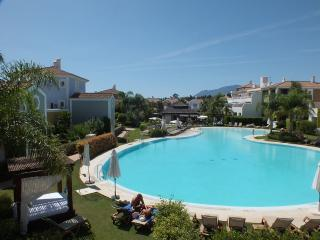 Cortijo del Mar Apartment with pool, golf