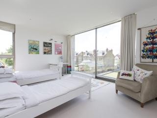 onefinestay - Lyford Road apartment