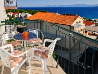 Apartments Ferdo-Sea view apartment in Zivogosce 5