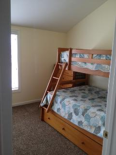 Third bedroom - twin/full bunk bed with twin trundle