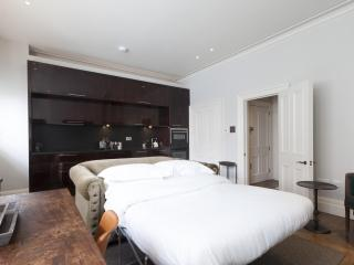 onefinestay - North Audley Street III private home