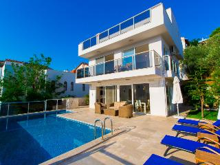 3 bedroom villa rental in Kalkan with seaview