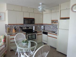 Estero Beach & Tennis C 707 - Wkly, Fort Myers Beach