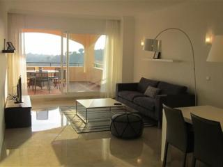 New 3 bed apartment within the 5 star The Retreat, Elviria