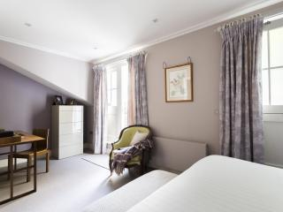 onefinestay - Petersham Mews II private home, Londra