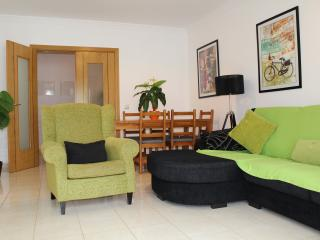 3 bedroom apartment great for kids & free wi fi, Cabanas