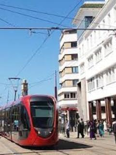 Station Tramway Place ALYASSIR à 600 m de la Résidence