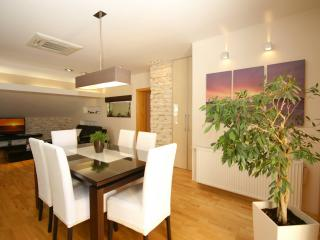 Charming and modern apartmen for 5, Tucepi