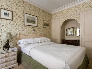 onefinestay - Sydney Place apartment, London