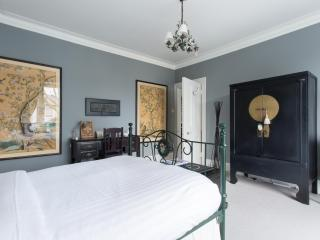 onefinestay - Walham Grove private home, Londra