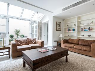 West Eaton Place II, Londres