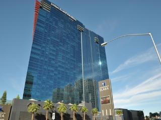 Elara Hilton Grand Vacations Las Vegas Strip One Bedroom Grand Suite Sleeps 4