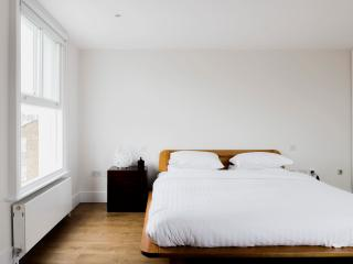 onefinestay - Westbourne Park Road IX apartment, London