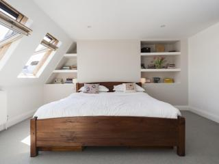 onefinestay - Windsor Road apartment, Londres