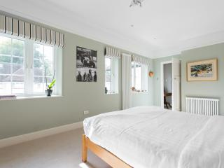 onefinestay - York Avenue II private home, Londres