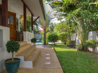 Baan Jasmine Luxury Garden Villa 10 minutes walk from Bophut Fishermans Village