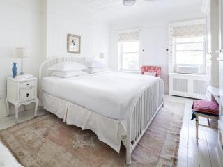 onefinestay - 3rd Street IV apartment, Brooklyn
