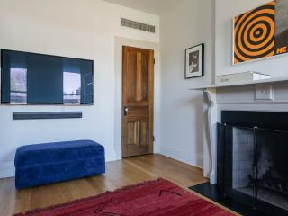 onefinestay - MacDonough Townhouse private home