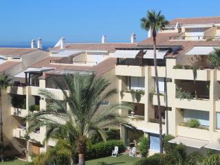Beautiful and modern beachside Penthouse