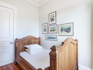 onefinestay - State Street III private home, Brooklyn