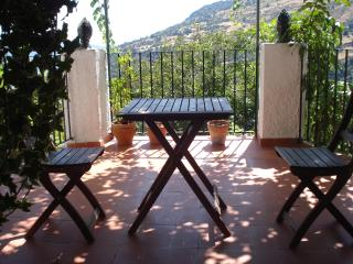 Lovely village house with terrace in Capileira
