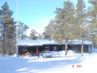 Stenan Majat / Guest Lodge, Akaslompolo, Finland