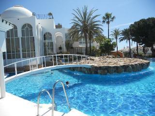 "Apartment in ""Torres de San Juan"""