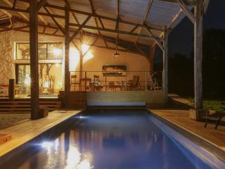 Gite design, proche plage, piscine privee chauffee