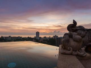 Baan Thale, 3 Bedroom Seaview Villa Karon Phuket