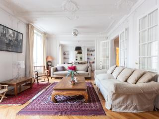 onefinestay - Avenue Charles Floquet private home, Paris