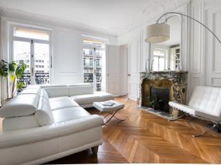 onefinestay - Avenue de Wagram III private home, Paris