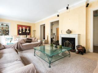 onefinestay - Avenue Paul Doumer III private home, Paris