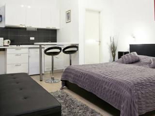 Apartments Noa Old Town - Studio - First Floor, Dubrovnik