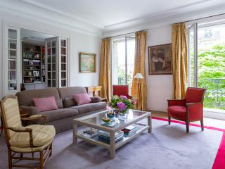 One Fine Stay - Boulevard Malesherbes III apartment, París