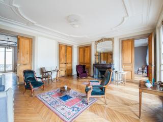 onefinestay - Boulevard Saint-Germain apartment