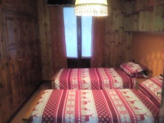 accogliente camera privata con bagno conviso, Bormio