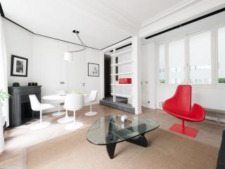 onefinestay - Boulevard Saint-Germain II apartment, Paris