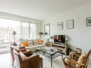 onefinestay - Boulevard Victor Hugo private home, Paris