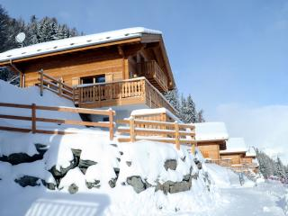 Chalet La Rosee de Nuit with the mountain view